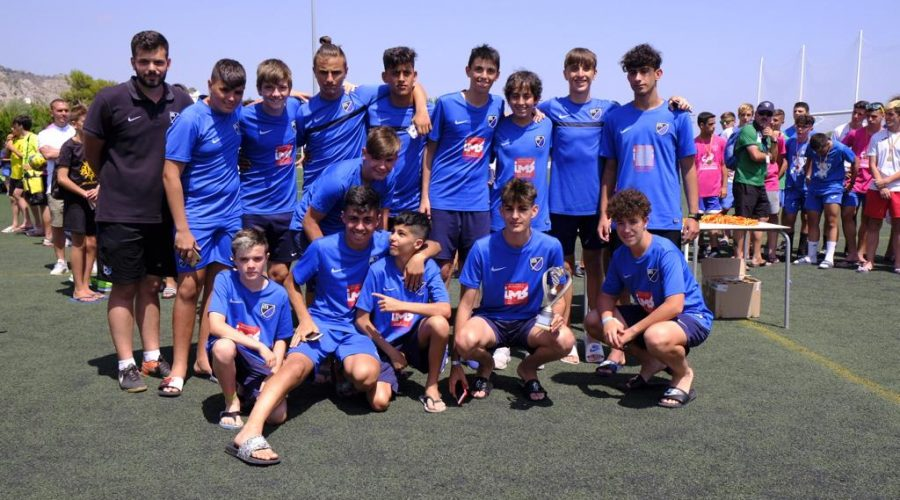 El Móstoles Balompié triunfó en el torneo de Benicassim